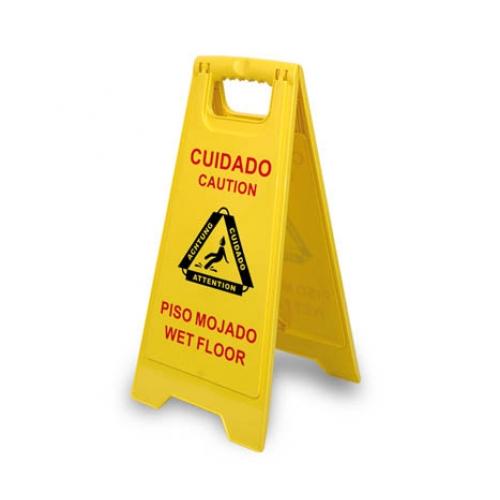 precaucion suelo mojado servicio de limpieza en terrassa y Barcelona neteges D'Or